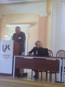 Prof. J. Strzelczyk i prof. B. Wojciechowska; fot. A. Kijewska.